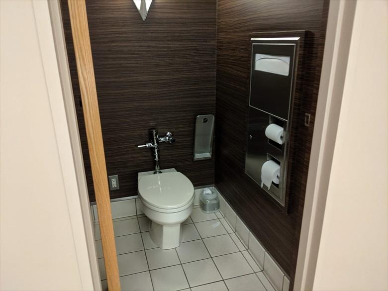 成田ターミナル1のKALラウンジについて(KALラウンジ[トイレ2])