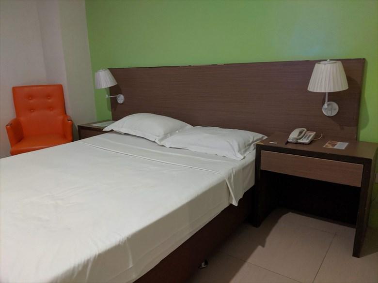 アポロニア ロイヤル ホテル(ベッド)