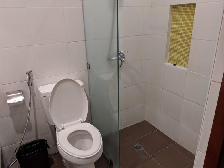 アポロニア ロイヤル ホテル(トイレ)