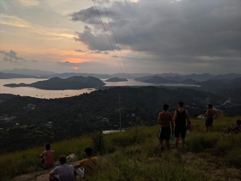 コロンのタプヤス山(夕日の鑑賞スポットと夕日) Mt Tapyas