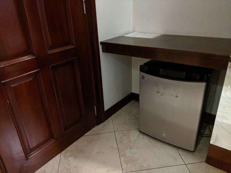 バレンティノズ ホテル(冷蔵庫)