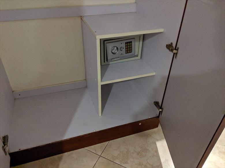 バレンティノズ ホテル(セキュリティBOX)
